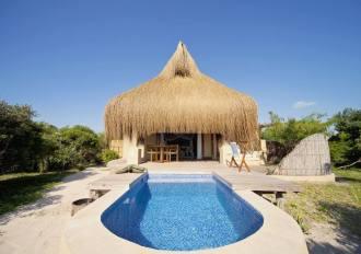 azura-benguerra-beach-villa-1.jpg.1024x0