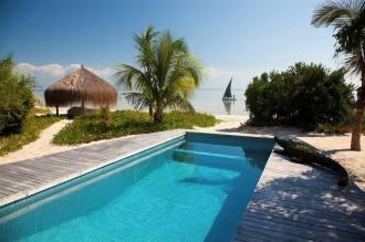 Villa Amizade Pool.