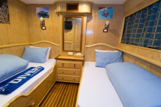 Blue Voyager Twin Cabin.