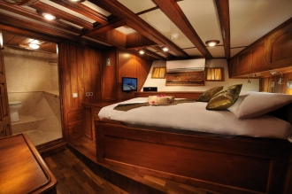 Double Cabin.