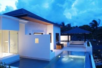Grand Pool Suite Terrace.