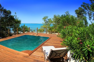 Villa Pool.