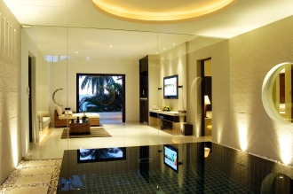 Junior pool Suite.