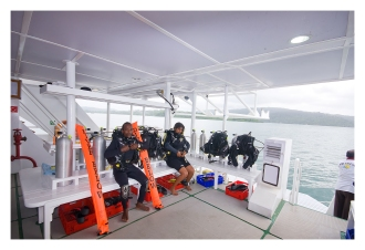 Spacious Dive Deck