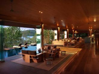Long Pavilion lounge Area.