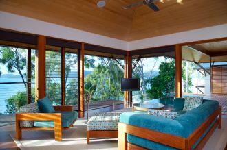 Windward Pavilion Lounge