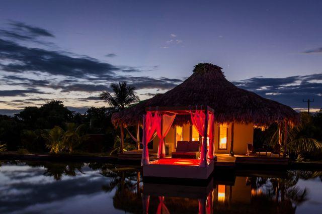 lake villa night 2_preview