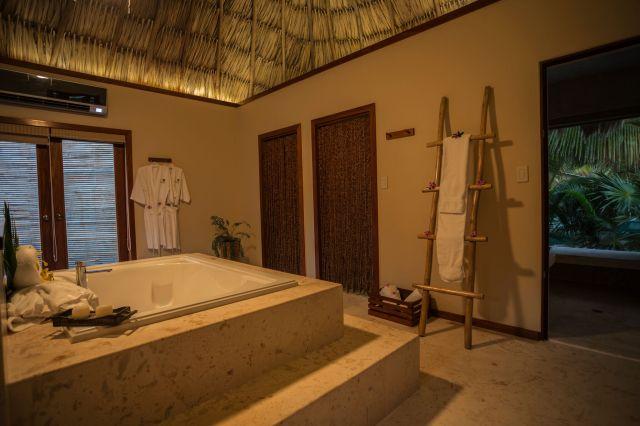 Spa villa bathroom_preview